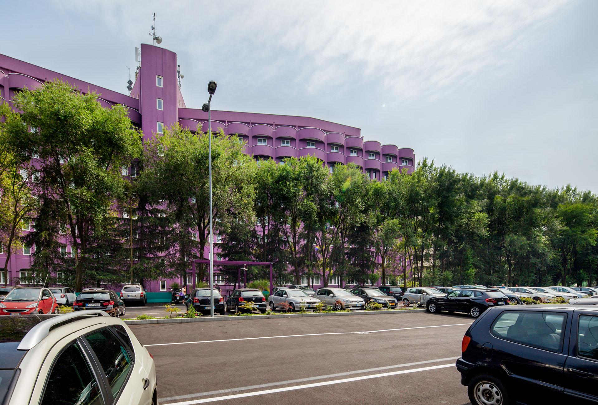 Hotel da vinci for Hotel parking design